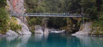 blue-pool-bridge