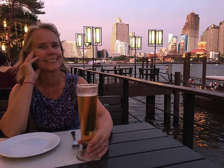 beth-restaurant-beer